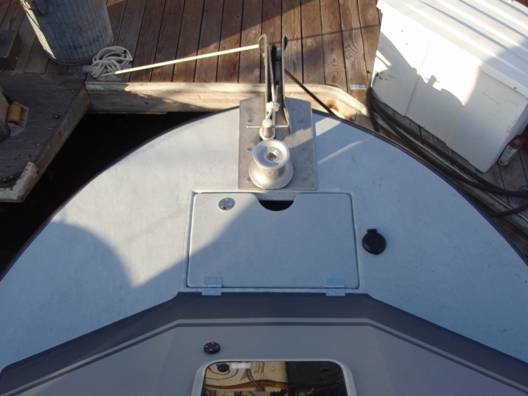 This shows the anchor puller and a custom bow roller